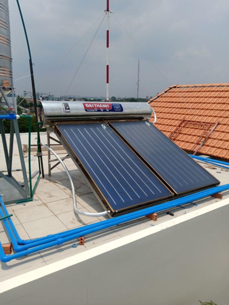 Máy nước nóng năng lượng mặt trời tấm phẳng Đại Thành dùng bơm nhiệt heat pump