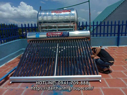 Phân phối máy nước nóng năng lượng mặt trời Đại Thành 300l